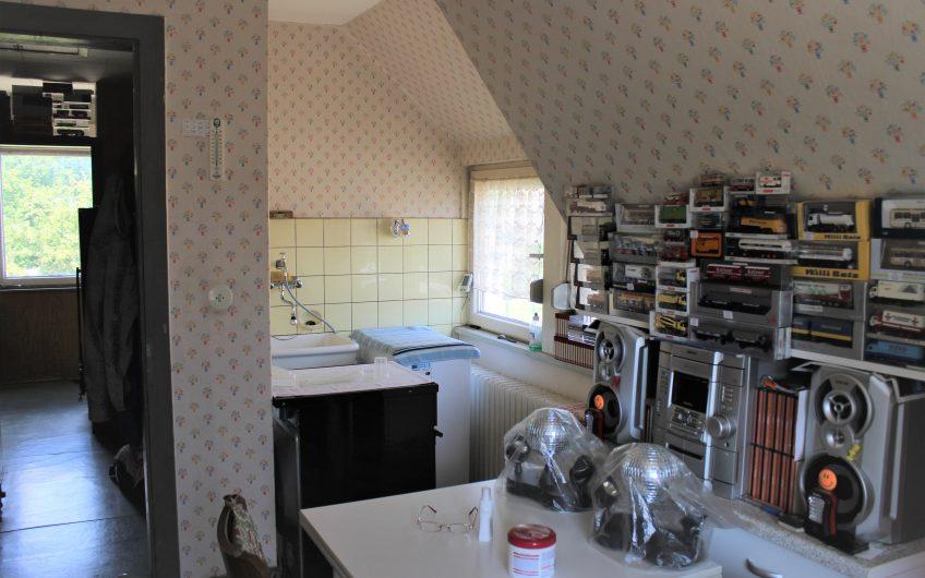 Zweifamilienhaus in ruhiger und zentraler Lage